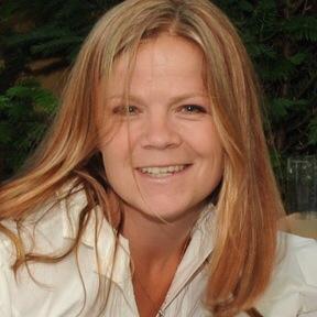 Amanda Jennings
